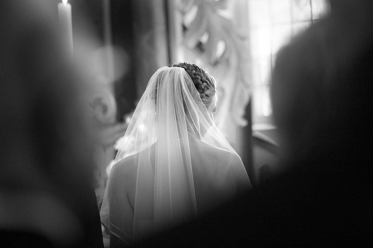Braut-Kirche-romantisch-insa-axel