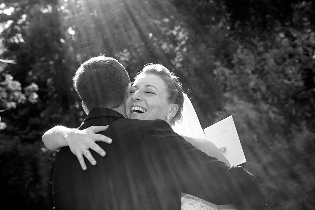 Glückliche-Braut-Gratulation-insa-axel